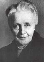 an introduction to the object relations by melanie klein Furthering the psychoanalytic theory and technique of melanie klein theory defences and internal and external object relations that klein considers to be characteristic of the earliest months of an infant's life that continues to varying degrees throughout life.